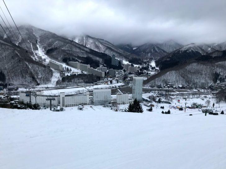 湯沢の苗場スキー場で車中泊!子連れでも快適に車中泊する方法