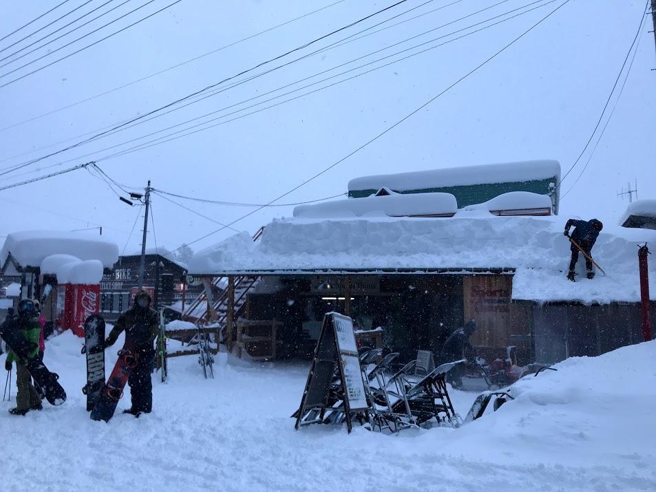 野沢温泉スキー場 ドカ雪