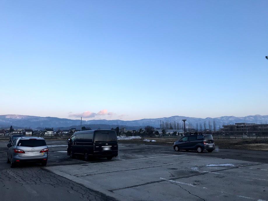 「道の駅FARMUS木島平」の車中泊での駐車場の混み具合