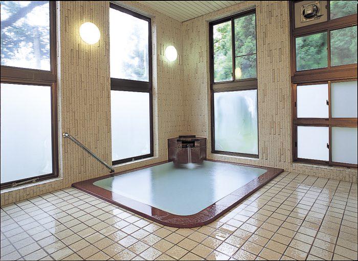 湯元共同浴場 「山の湯」