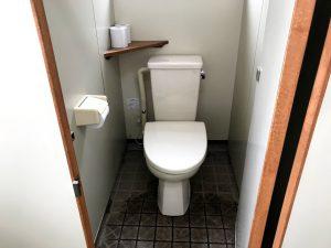 戸隠スキー場 第1駐車場近くのトイレ