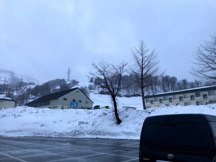 奥只見丸山スキー場で車中泊!車中泊レポートとコンビニ・温泉情報まとめ