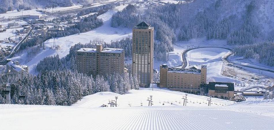 【スキー場の雪不足】NASPAスキーガーデンは3/10で営業終了
