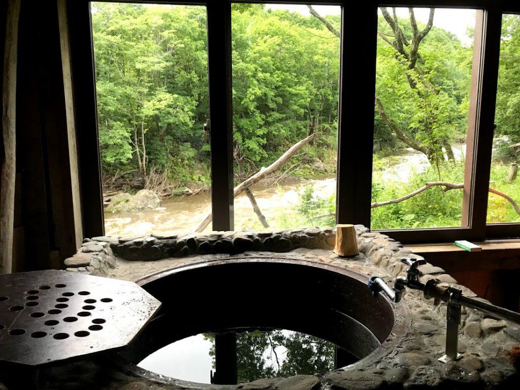 北海道一周車中泊旅3日目:友人お手製の五右衛門風呂でまったり