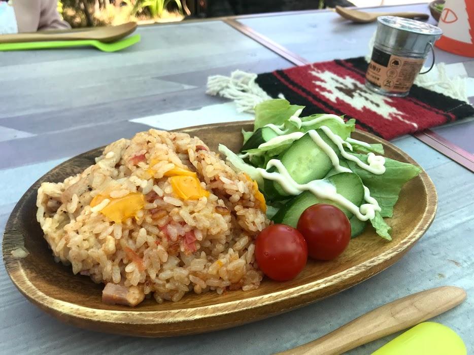 昼食メニュー2:炊飯器でできるチキンピラフ
