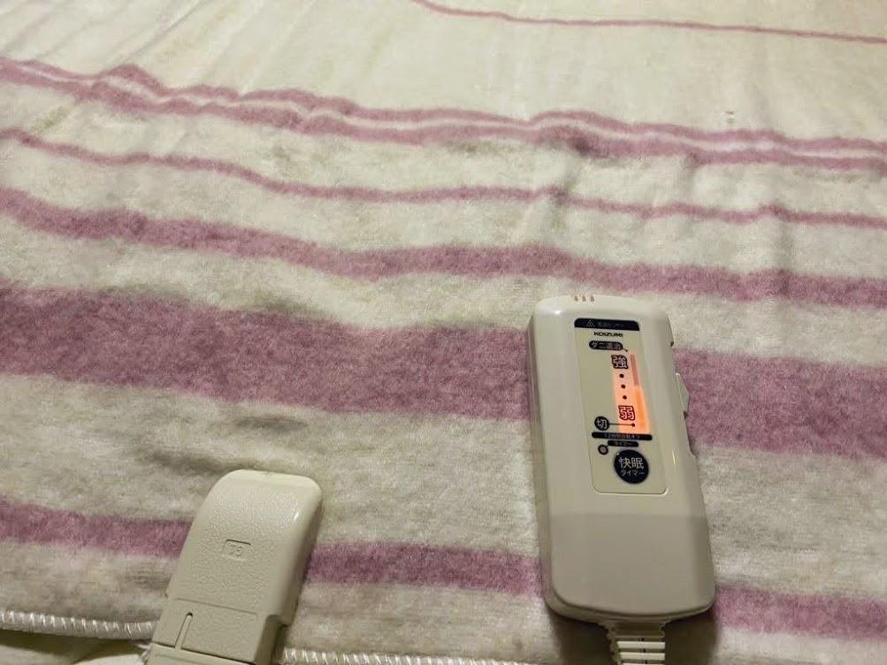 車中泊の寒さ対策に電気毛布は必要?メリットとデメリット