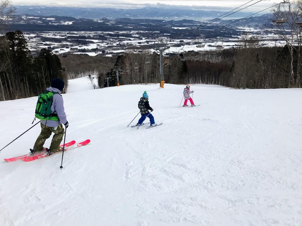 子供のスキー上達方法 親も一緒に滑る